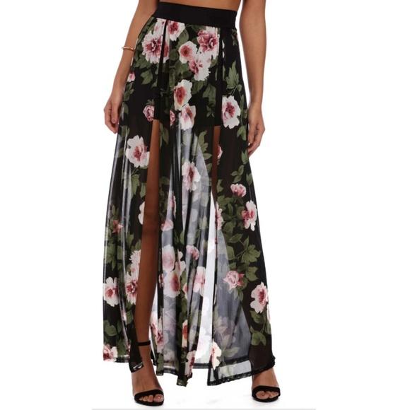 b8547aa0b618bc 🆕️WINDSOR Black Sexy Floral Shorts Maxi Skirt. M_5b08a5ca739d4890d8675d0b